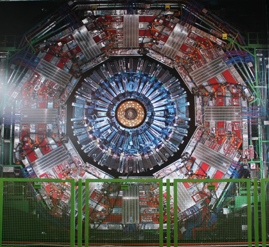 El Experimento CMS en el Gran Colisionador de Hadrones delCERN.